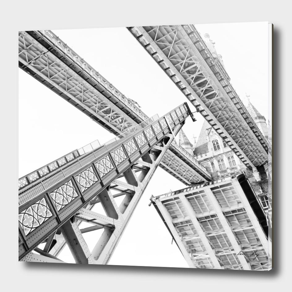 Tower Bridge 02C - Going Up
