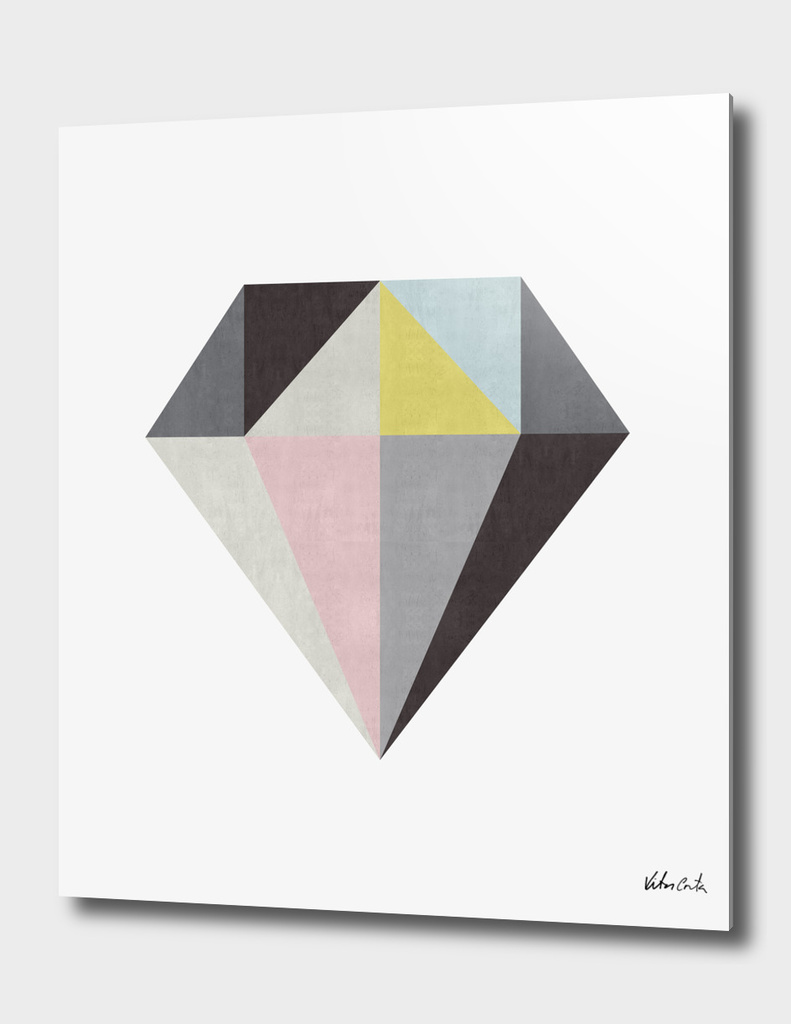 Minimalist and geometric diamond