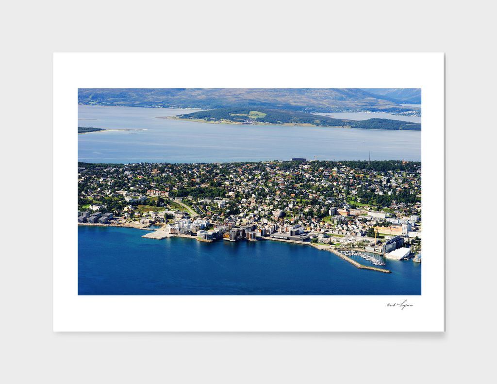 Dramatic nordic island