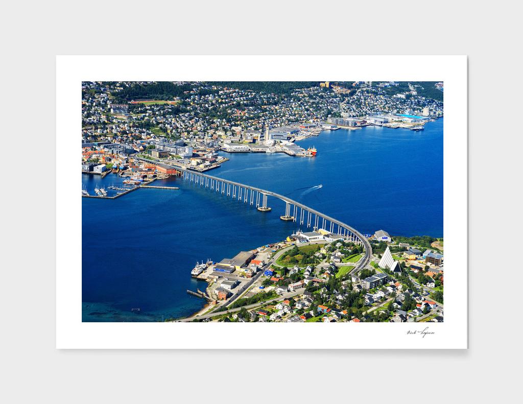 Dramatic nordic bridge